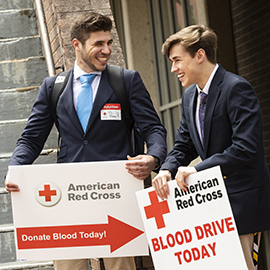 Students encourage others to donate blood in Mendenhall.